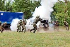 Rosyjskie jednostki specjalne uwalniają zakładników Zdjęcie Royalty Free
