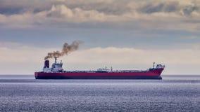 Rotöl-Tanker Lizenzfreie Stockfotografie
