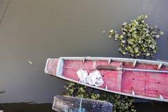 Rot beide in einem Kanal Lizenzfreies Stockfoto