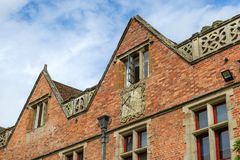 Rot bricked Hausfassade Lizenzfreie Stockfotos