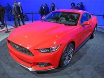 Rot Ford Mustang 2015 Lizenzfreies Stockbild