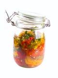 Rot, Gelb und grüne Paprikas in einem Glas Lizenzfreies Stockfoto