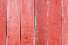 Rot gemalte alte hölzerne Bretter Stockbild