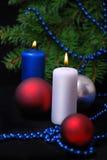 Rot leuchtet Weihnachtsflamme durch Lizenzfreies Stockbild