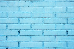 Rot mit weißer Verbindung Die Backsteinmauer gemalt im Blau Alte Backsteinmauer Stockbilder