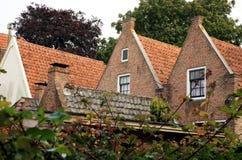 Rot roofs â Haus. Blokzijl Stadt in den Niederlanden Stockbilder