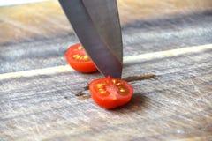 Rot, Scheibenkirschtomate lizenzfreie stockfotos