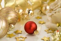 Rot und Gold Stockbild