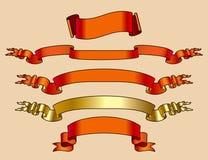 Rot und Goldfahnen Stockfoto