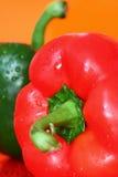 Rot und grüner Paprika A Stockfoto