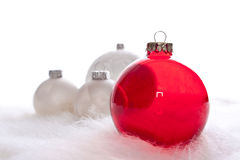 Rot und irgendein weißes Weihnachtsflitter Lizenzfreie Stockbilder
