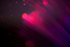 Rot und Purpur spritzt von der Farbe stockfotos