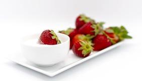 Rot und Süßspeise stockbild