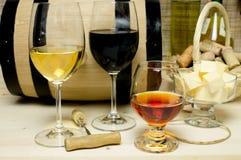 Rot und Weißwein, Weinbrand Stockfotos