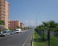 A rota através da vila de Mahmutlar Imagem de Stock