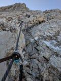 Rota de escalada nas rochas fotografia de stock