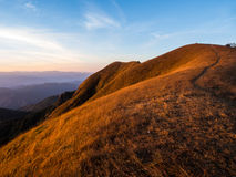 Rota para ver um Mountain View surpreendente na parte superior do MOU de segunda-feira Jong Imagens de Stock Royalty Free