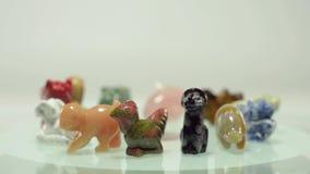 Rotación de 12 animales chinos del zodiaco almacen de metraje de vídeo