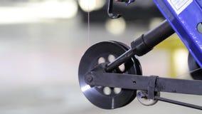 Rotación de la bobina en el primer del pistón almacen de metraje de vídeo
