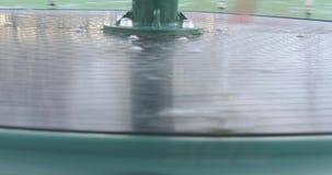 Rotación del carrusel en el parque metrajes