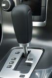 Rotación de engranaje automática de un coche Imagen de archivo libre de regalías