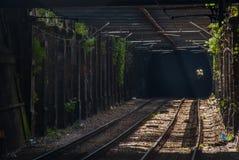 Rotas do trem na linha da estação de trem de Hampstead Heath fotos de stock royalty free
