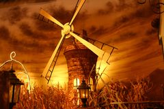 Rotating windmill for pumping water Stock Photography