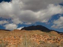Rote Abyaneh-Landschaftsansicht Stockbilder