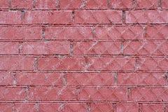Rote alte Backsteinmauer mit Eisengitter Lizenzfreies Stockbild