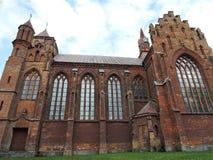 Rote alte Kirche, Litauen Lizenzfreie Stockbilder
