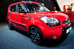 Rote Auto Kia Seele Lizenzfreies Stockbild