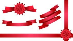 Rote Bänder für Dekoration entwerfen Kartenfliegerfahnenwebsite-Postergrüße Stockfotografie