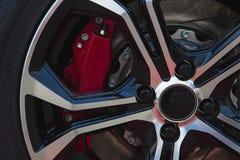 Rote Bremse und Legierung lizenzfreie stockfotos