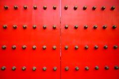 Rote chinesische Tür Stockfotos