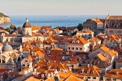Rote Dächer im UNESCO-Erbe Dubrovnik Stockfotografie