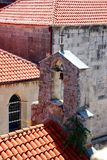 Rote Dächer von Korcula stockfoto
