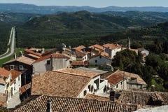 Rote Dächer von Motovun Lizenzfreies Stockfoto