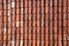 Rote Dachfliesen Stockfoto