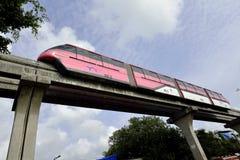 Rote Einschienenbahn stockfotografie