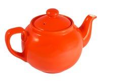 Rote englische Teekanne auf weißem Hintergrund stockfotografie