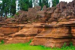 Rote Felsen von Zhangjiajie. Lizenzfreie Stockfotos