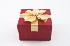 Rote Geschenkbox stockbilder