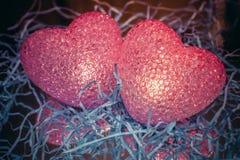 Rote glühende Herzen Lizenzfreie Stockfotos