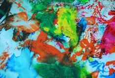 Rote graue blaue rosa grüne Stellen des Aquarells, klarer Hintergrund, malende abtract Farben lizenzfreies stockfoto