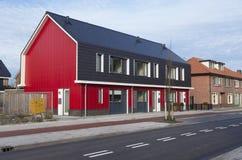 Rote Häuser Bilder rote häuser stockbild bild straße nachbarn