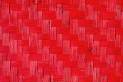 Rote hölzerne Gewebebeschaffenheit, handgemachter Naturhintergrund Stockfotos