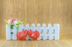Rote Herzen mit dem Text Sie und ich Lizenzfreies Stockfoto