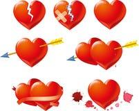 Rote Herzen am Valentinsgruß-Tag Blumenhintergrund mit Gras Stockbild