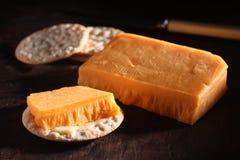 Rote Käse-Dunkelheit Stockfoto