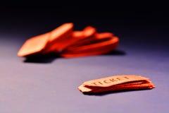Rote Karten für Aufnahme zum Ereignis Stockbild